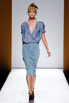Max Mara | Spring 2013 Ready-to-Wear Collection | Style.com