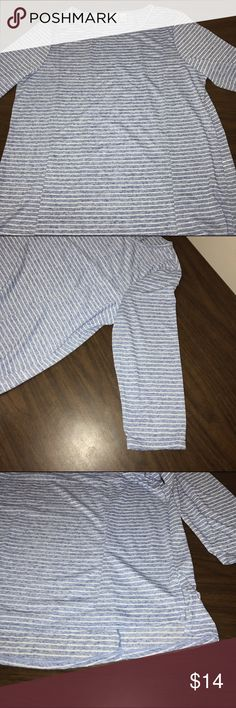 "NWOT Zenergy Top NWOT. Zenergy size 2. Speckled blue with white striped top. Extra long (looks great with a pair of yoga pants/leggings. Round neckline, 3/4 length sleeves, & loose fit all around. 4"" slit on bottom of both sides & back is 2"" longer than the front. 2 seams down the front as well as the back to give it some shape/uniqueness. 88% Polyester 12% Linen. 29"" long total. Zenergy Tops Tees - Long Sleeve"