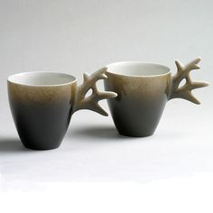 Reindeer antler mugs...I know a few people who would have loved these (TMB you're one of them)