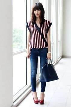 Navy-zara-jeans-blue-leather-alma-louis-vuitton-bag