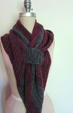 EspaceTricot's Scalene on Ravelry - love this