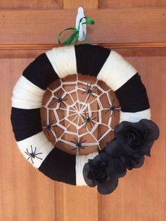 14 in straw wreath wrapped in yarn and topped with creepy spiders--perfect for Fall! Spider Web Decoration, Halloween Spider Decorations, Spider Crafts, Fun Halloween Crafts, Diy Halloween Decorations, Halloween Ideas, Halloween Magic, Halloween Designs, Outdoor Decorations