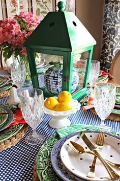 Spring Open House Tour-Jennifer from Dimples and Tangles | Green chargers w blue china