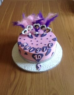 Pink and purple 1D cake.