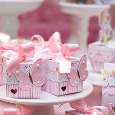 Wedding Cake Boxes, Sweet 16 Themes, Birthday Souvenir, Asian Bridal Dresses, Boxes And Bows, Milk Box, Baby Shawer, Party Items, Gift Bags