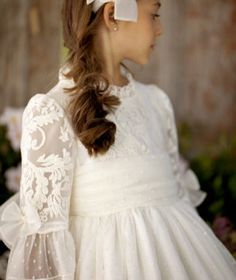 ARTESANÍA DE LA TORRE 2018   Lara Novias Sewing Baby Clothes, Nicole S, First Communion Dresses, Bellini, Christening, Frocks, Flower Girl Dresses, Girls Dresses, Wedding Dresses