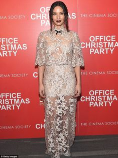 Party comedy: Olivia Munn in Reem Acra Spring 2017 at the Screening of Office Christmas Party on December 5, 2016