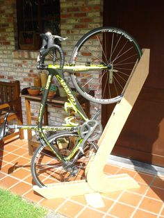 Bike Rack of Wood : 3 Steps (with Pictures) - Instructables Diy Bike Rack, Bike Hanger, Bicycle Rack, Bicycle Storage Garage, Bike Storage Rack, Vertical Bike, Range Velo, Bicycle Stand, Wood Bike