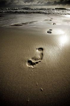 Footprints..this bible verse is definitely one of my favorites!