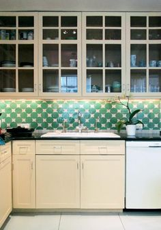 Another view of the Soho L tile backsplash in our Light Green and white