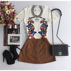 T-shirt Amour Paris Off | Saia Livia Caramelo  Compras on line: www.estacaodamodastore.com.br