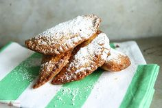 fried nutella banana hand pies