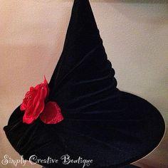 DIY Halloween : DIY Witch Hat. Wide array of hats.