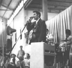 #ElvisHistory 21st March, 1955: #Elvis performs at the Parkin High School, Parkin, Arkansas.