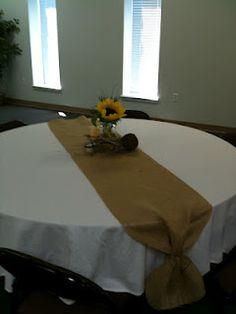 table runner ideas for hollys bridal shower
