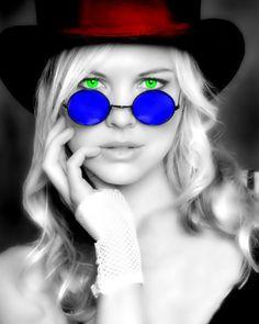 eye's should be blue, looks like a vampire lady...b