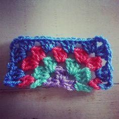 How to crochet a half granny square . . . .   ღTrish W ~ http://www.pinterest.com/trishw/  . . . .    #motif