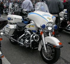 Look also harley-davidson electra, harley-davidson electra glide, harley-davidson electra classic, harley-davidson flhtc electra glide classic, harley-davidson fat. Harley Davidson Glide, Harley Davidson Photos, Harley Davidson Museum, Motor Harley Davidson Cycles, Harley Davidson Street, Harley Davidson Motorcycles, Touring Motorcycles, American Motorcycles, Old Motorcycles