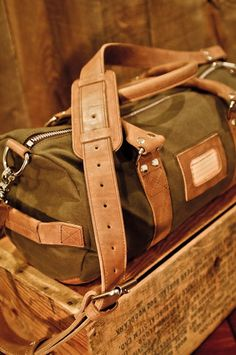 Elkton Waxed Canvas and Leather Duffle Duffel Bag by Buffalo Jackson Trading Co