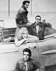 James Dean Marilyn Monroe, Marilyn Monroe Old, Celebrity Film, Celebrity Drawings, Vintage Movie Stars, Vintage Movies, Elvis Presley, Bonnie And Clyde Photos, Film Noir Photography
