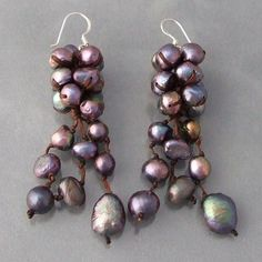 Made of natural freshwater pearls, these stylish earrings are handcrafted in Thailand.