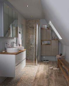 Barn Bathroom, Loft Bathroom, Loft Conversion Bedroom, Sweet Home, Inside Home, Attic Rooms, New Room, Amazing Bathrooms, Bathroom Inspiration