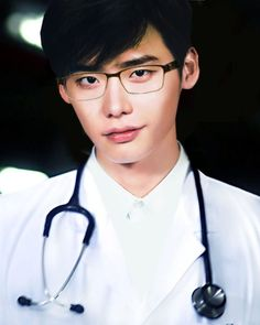 """Lee Jong Suk is filming """"Doctor Stranger"""" In Budapest. Budapest is not the place you immediately consider when you think about visiting a K-Drama set. Lee Jong Suk Cute, Lee Jung Suk, Lee Jong Suk Doctor Stranger, Def Not, Kim Woo Bin, Korean Star, Kdrama Actors, Pretty Men, Actor Model"""