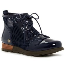 Sorel Major Lace Mesh Boot ($60) ❤ liked on Polyvore featuring shoes, boots, collegiate navy, lace-up platform boots, lace up boots, water proof boots, front lace up boots and sorel boots