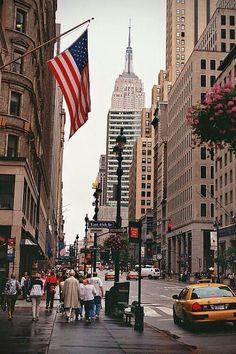 New York Trip, New York Life, New York City Travel, City Aesthetic, Travel Aesthetic, Cupcakes Capitan America, Logo Del America, America City, States America