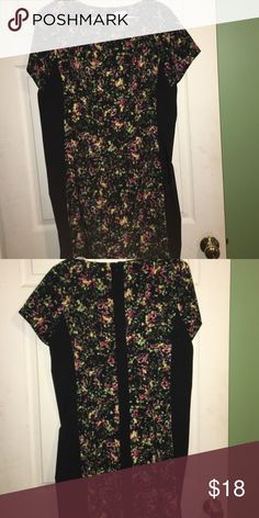 Xhilarahtion  Dress Zippered down the back. Slimming look with black on the sides. It fits like an XL. 90% polyester, 10 % spandex. Xhilaration Dresses Midi