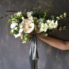 Pallet of creams and greens, wild bridal bouquet // www.tupelotree.co.uk