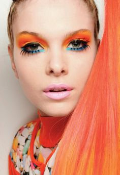 Fashion Make Up- WOW! The one word that desribes this perfectly