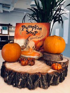 Pumpkin, Table Decorations, Autumn, Fall, School Ideas, Furniture, Home Decor, Decoration Home, Room Decor