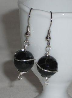 Orecchini pendente perla vetro nera lavorazione a by Momentidoro, €25.00