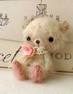 "Wee ""Pink Petal"" the bear by GingerMelon.  Squeeee..."