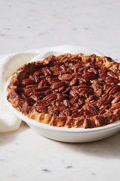 Find all your bakeware for your Thanksgiving table at Le Creuset! Thanksgiving Menu Planner, Thanksgiving Baking, Thanksgiving Cakes, Thanksgiving Appetizers, Onion Recipes, Tart Recipes, Ricotta Tart Recipe, Tailgate Appetizers, Turkey Pie