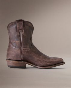 Frye Billy Boots @Abbey Koshak...I really want a pair of low cowboy boots!