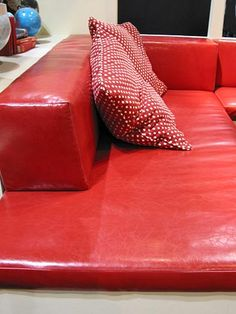 Banquette Seating - love how it has low back on it
