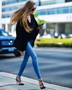 Trendy Jeans for Fall: Skinny Jeans  #jeans #denim #streetstyle