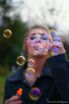Joey Watkins Photography: Photography Ideas - This is SO Cute!! Love the colors reflected of the bubbles by the lighting!! So awesome! I seriously would love a picture of me like this! :D
