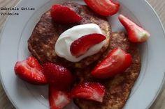 Receta saludable: Tortitas de avena y plátano. Ingredientes, preparación, cocción y tabla de calorías con hidratos, proteínas y grasas