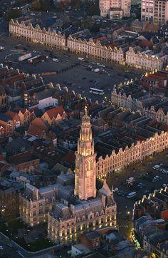 Places d'Arras, vues du ciel. Nord-Pas-de-Calais, France   by Pas de Calais