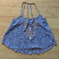 Anthropologie Top! Cute flowy tank top! Brand is E (hanger) M. Great condition! ❌Trades ❌PayPal ❌Holds ❤️ Offers welcome through offer button only! Bundle and save! Anthropologie Tops Tank Tops