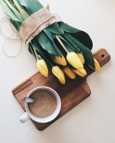 Beautiful yellow bouquet and coffee mug flatlay photography But First Coffee, I Love Coffee, Coffee Break, My Coffee, Morning Coffee, Coffee Shop, Coffee Cups, Coffe Drinks, Coffee Canister