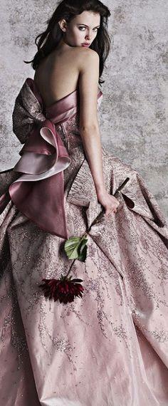 Pink & Grey Essence ✦…