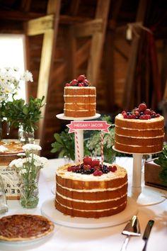Foto retirada da internet      Foto retirada da internet      Foto retirada da internet   Você já conhece?  Naked cake = bolo nu   Esses b...