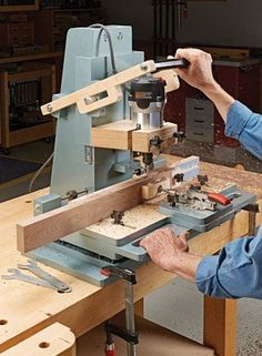 "router Mortising Machine - Woodsmith ""Our Best Jigs & Tool Add-Ons"": Router Woodworking, Woodworking Projects Plans, Woodworking Tools, Garage Tool Storage, Garage Tools, Home Tools, Diy Tools, Mortising Machine, Rolling Workbench"
