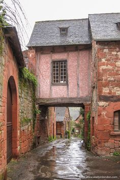 Cool Places To Visit, Places To Travel, Places To Go, Truffle Hunting, Most Romantic Places, France Photography, French Countryside, Alsace, France Travel