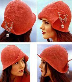 Описание и схема вязание стильной шапки-шляпки
