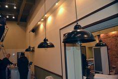 Освещение и светильники в пиццерии Брик-кафе. restcon.ru